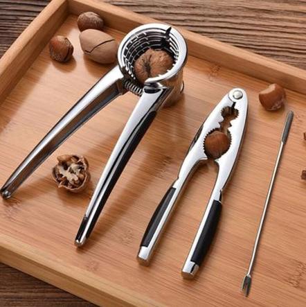 Щелкунчик - приспособление для раскалывания орехов