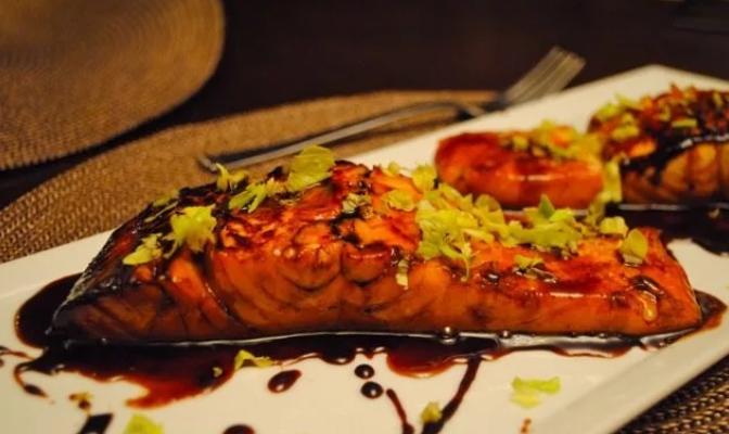 Рецепт приготовления рыбы в винном соусе