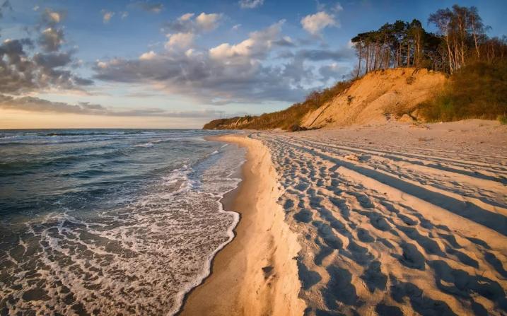 Отдых в Калининграде на море, курорты. Калининград погода летом. Особенности Балтийского моря.
