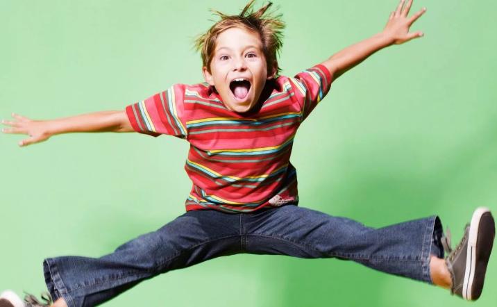 Чем занять ребенка на карантине, идеи. Чем занять детей дома видео.