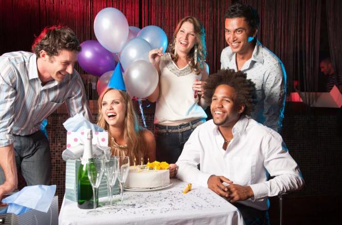 Прикольные конкурсы нв день рождения взрослых