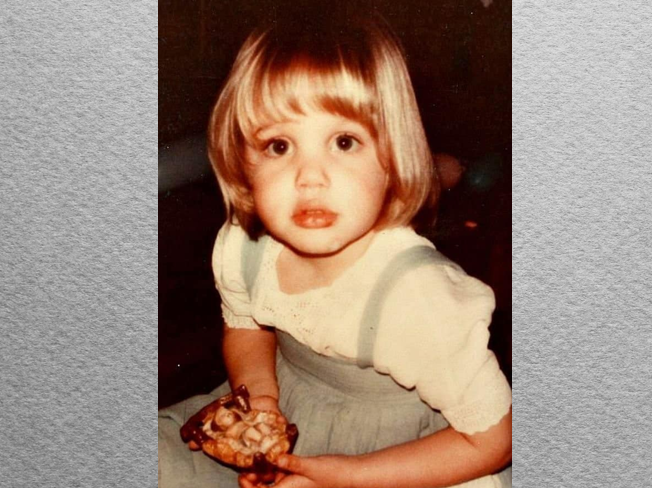 Анджелина Джоли в детстве и юности