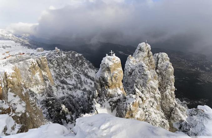 Гора Ай-Петри зимо1